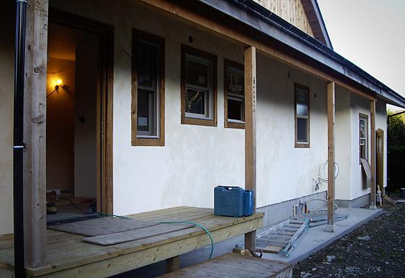 外壁の漆喰塗り完成