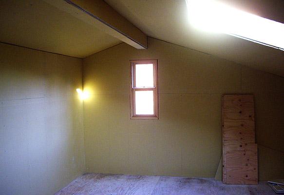 屋根裏の石膏ボード終了