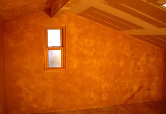 屋根裏の漆喰