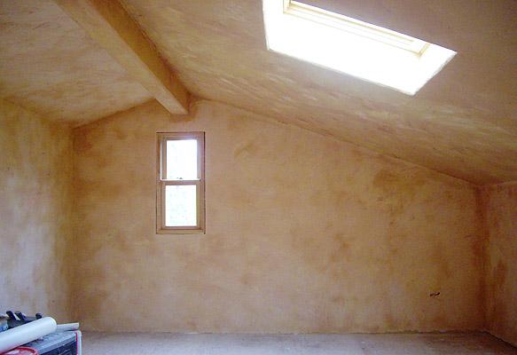 屋根裏の漆喰終了