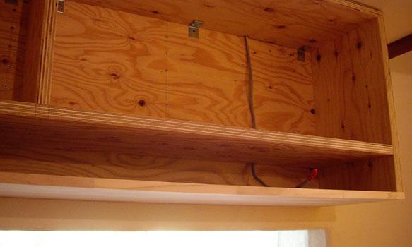 厨房の吊り戸棚